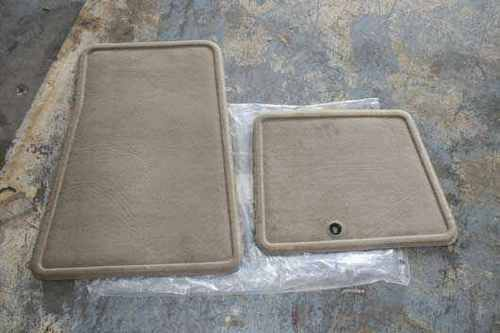 Production Carpeted Mats Lt. Camel